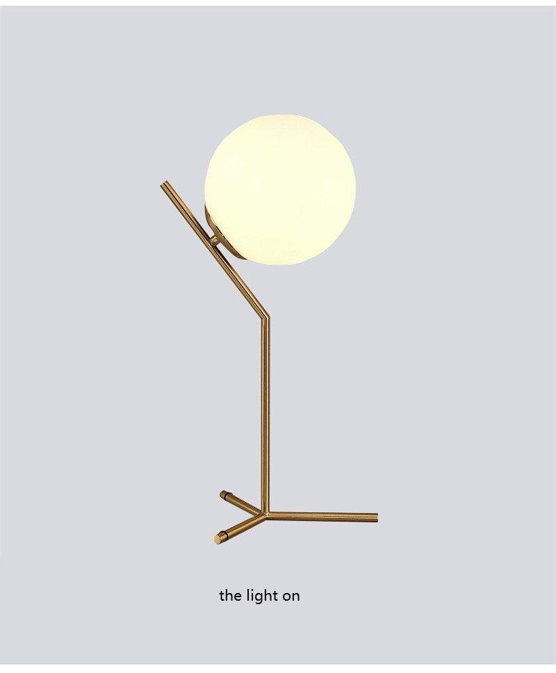 para o quarto ao lado da lâmpada ouro preto plugue da ue