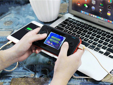 2019 New 2 IN 1 Handheld Video Game Console & Power Bank 8000mah Portable Charger Retro Gaming Console Bulit-in 416 Games