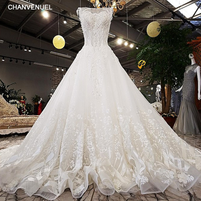 LS8833 luxury wedding dresses o-neck sleeveless lace up backless ball gown  beading wedding dresses c56469ee828b