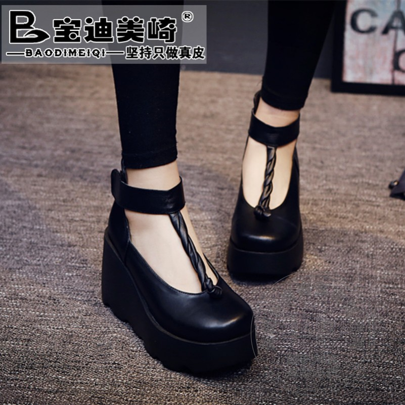 Ladies High Heel Shoes Wedge Platform Shoes Soft Leather Full Grain Leather Leisure T Strap Shoes