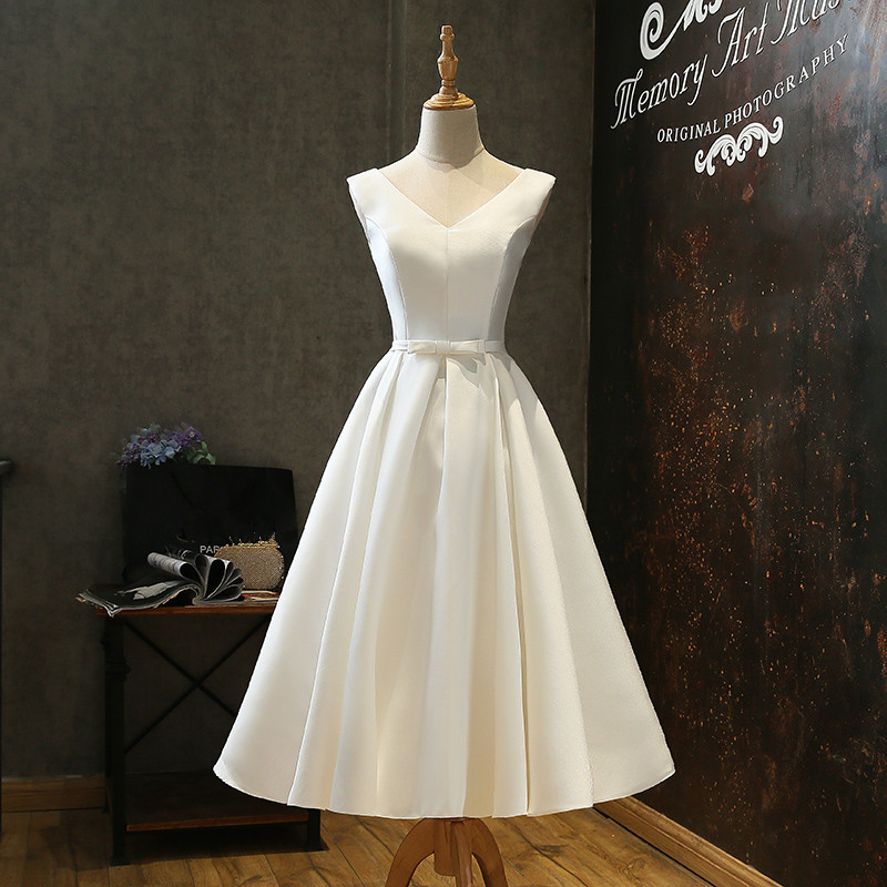 Short V Neck Satin Wedding Dresses with Bow Tea Length Bridal Gowns 2019 Beach Wedding Gown Bruidsjurken vestido de noiva
