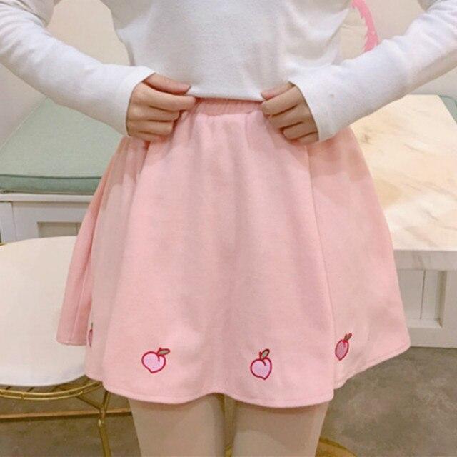 Hoge Taille A-lijn Vrouwen Rok Zoete Leuke Perzik Borduurwerk Meisjes Mini Rok Harajuku Mode Elastische Taille Student Plooirok