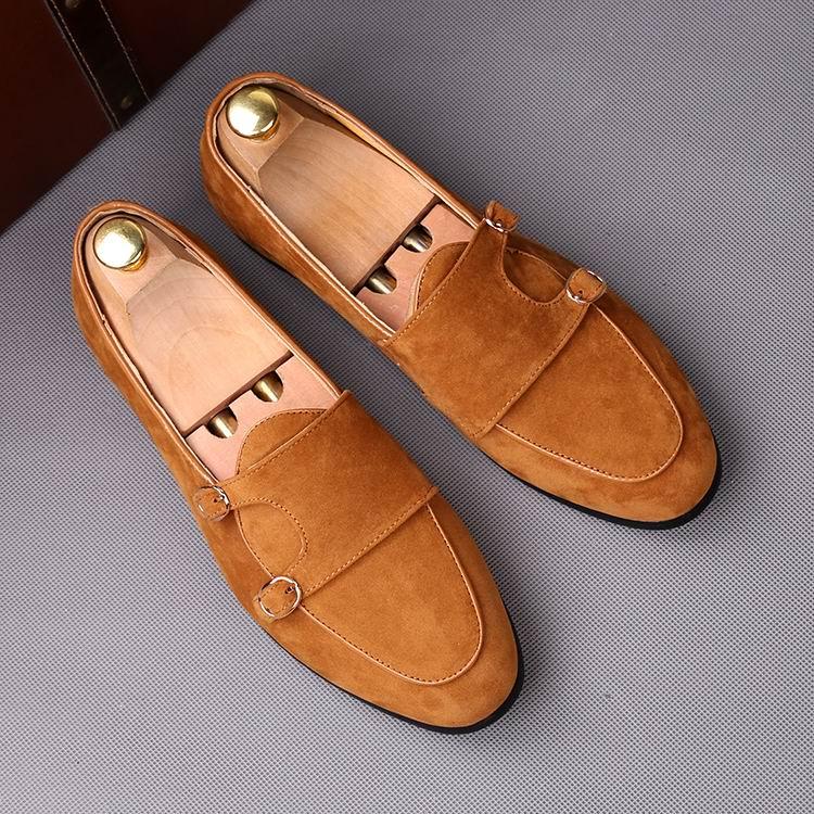 Ayakk.'ten Erkek Rahat Ayakkabılar'de ERRFC Moda Ileri Siyah erkek makosen ayakkabılar Yuvarlak Ayak Çift Toka Sahte Süet deri ayakkabı Adam Kahverengi Bot Ayakkabı 38 43'da  Grup 1