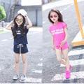 Лето Gilrs с коротким рукавом свободного покроя одежда установить 2 шт. хлопка тройник с шорты детская одежда