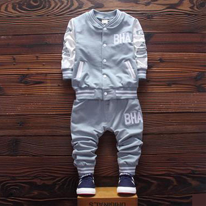 2016 brand new Boys clothing set kids sports suit children tracksuit boys long shirt + pants gogging sweatshirt casual clothes reptiles and amphibians of qatar