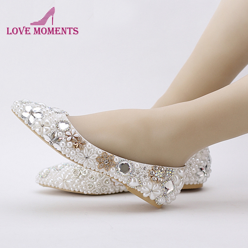 Stunning Flat Heel White Pearl Wedding ceremony Sneakers Snug Crystal Bridal Flats Custom-made Mom of Bride Sneakers Plus Measurement bridal flats, flat heels, consolation sneakers,Low cost bridal flats,Excessive High...