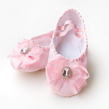 Girls satin ballet shoes pink dance bow and rhinestone upper slippers for kids flats girls