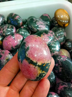 1000g Natural quartz crystal pink peach stone polishing sample hand pieces