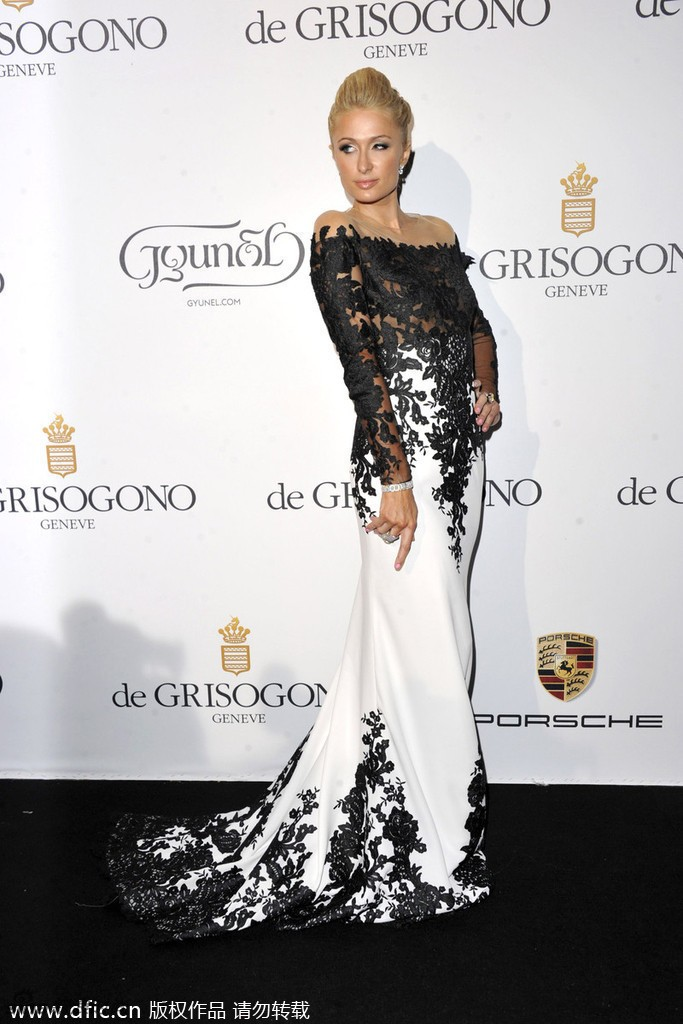 2015-Paris-Hilton-Celebrity-Dresses-Mermaid-High-Collar-Long-Sleeves-Black-White-Appliques-Long-Red-Carpet (1)