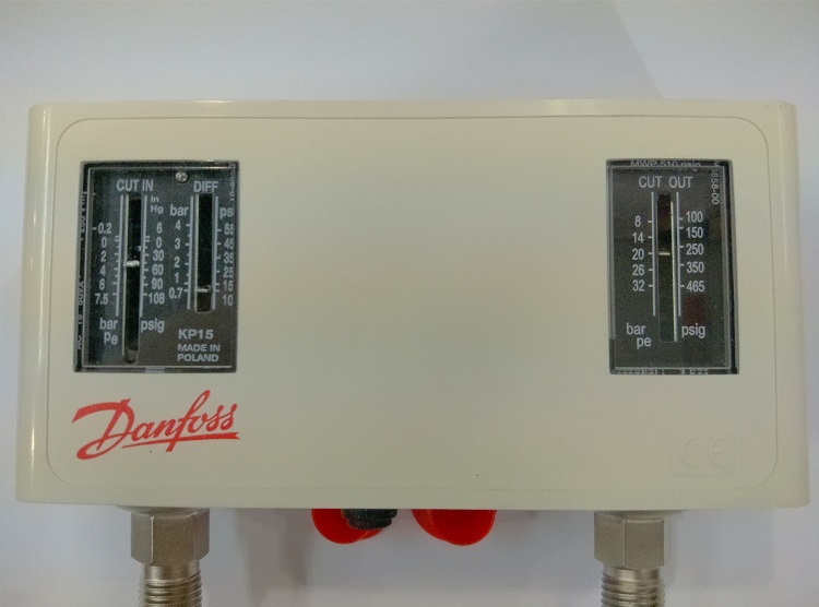 Danfoss pressure controller refrigeration air conditioning chiller switch cold storage KP15 automatic 060-126566 philips gc8735 80