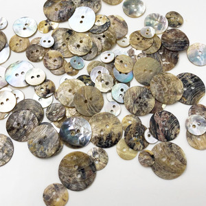 50 pcs 9mm/12mm/13mm/15mm/18mm/20mm Natural Shell Sewing Buttons Color Japan Mother of Pearl MOP Square Shell PH294(China)