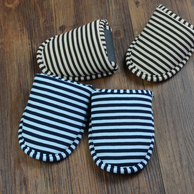Women and men traveling portable folding slippers indoor cotton linen soft slippers women and microcredit