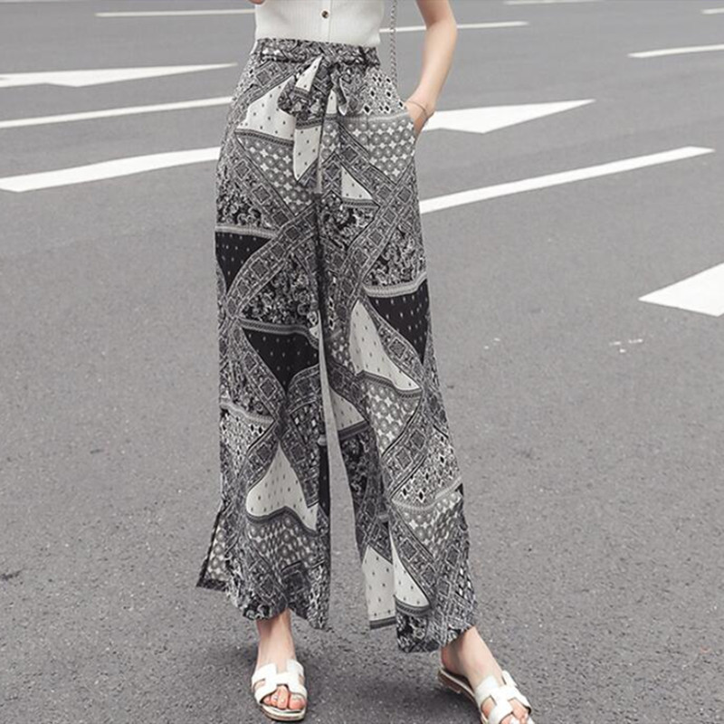 Real shot 2019 new fashion holiday style printed chiffon   wide     leg     pants   female loose drape bohemian beach   pants