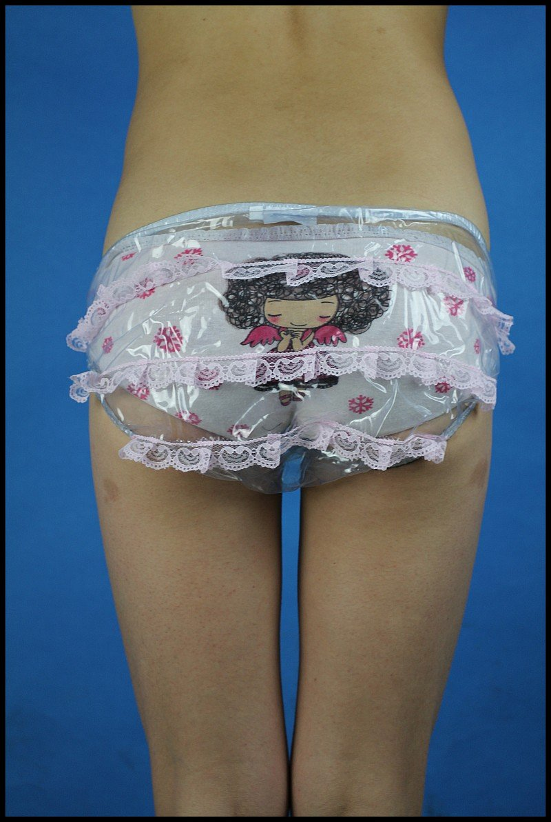 model Adult diaper