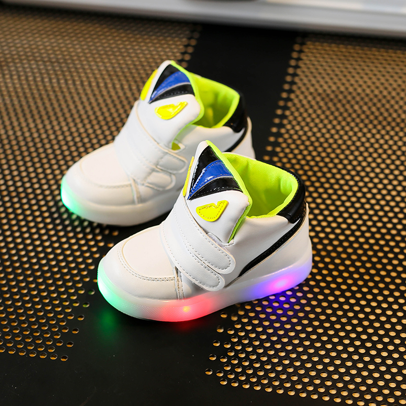 Children-Shoes-With-Light-Chaussure-Led-Enfant-Spring-Autumn-New-Cartoon-Led-Girls-Shoes-Sports-Breathable-Boys-Sneakers-Shoes-2
