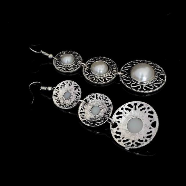 Women's Three Circle Series Long Pendant Drop Earring White imitation Pearl Decoration Luxury Earring For Banquet    CE044