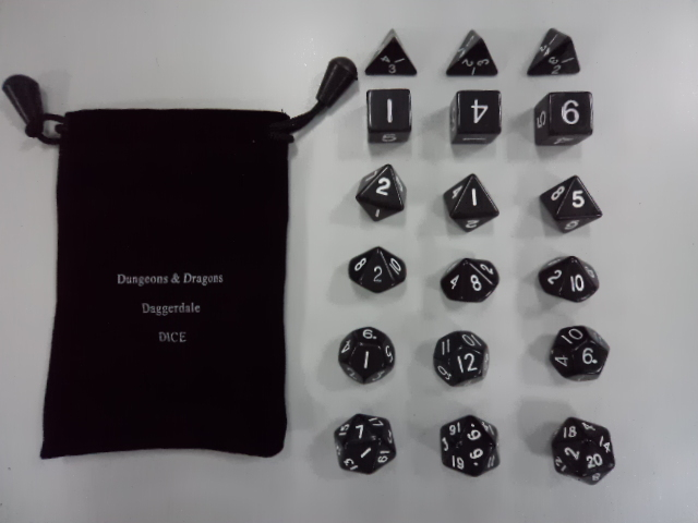 Дунгеонс & Драгонс 18 зрна полиедарске коцке [18 дицес сет] милионер рун гроуп оф гаме