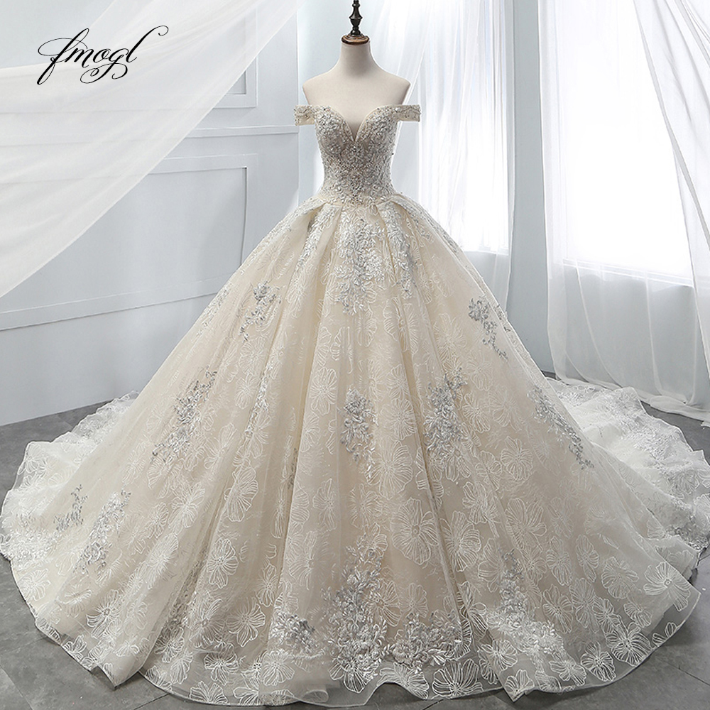 Fmogl Sexy Boat Neck Lace Ball Gown Wedding Dresses 2019 Appliques Beaded Chapel Train Vintage Bridal