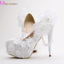 2016 Weiß Satin Hochzeit Schuhe runde Kappe Quaste Kristall Braut Schuhe Frauen Frühling Kleid Schuhe valentine solltest Tag Partei Prom Schuhe