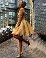 De manga larga de encaje de oro vestidos de coctel cortos 2017 mujeres coctail dress para la fiesta de graduación vestidos de fiesta vestidos de coctel jurk