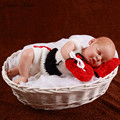 Newborn prop baby boy girl  boxer photography props Handmade knitted cotton crochet sets 2 colors Infant Boxing gloves + shorts