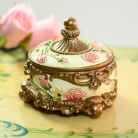New Fasion Resin Trinket Box Figurine Ring Holder Earring Jewelry Stands Storage Box Wedding Jewelry Case
