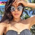 Escolha da Blogueira de moda Olho de Gato óculos de Sol Para As Mulheres Triângulo Oco FF Projeto Gatos Óculos de Sol Com Caixa de Óculos De Sol De Ouro KD054