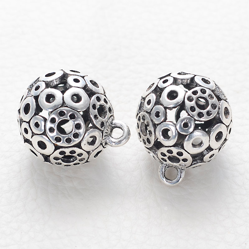 10 Pcs Antique Silver Unique Designed Metal Round Hollow Filigree Casting Charm Pendant Beads For Diy Jewelry Making