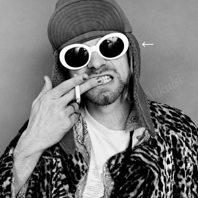 c45e436f03 Cool NIRVANA Kurt Cobain gafas de sol ovaladas hombres mujeres 2017  diseñador de marca Retro steampunk