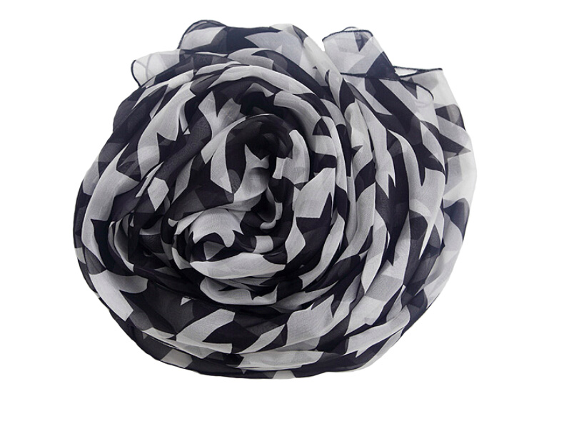 100% Silk square mohair wrap bonnet prop women scarfs fashionable Plaid tubular bandana Black White neck ring scarf winter women
