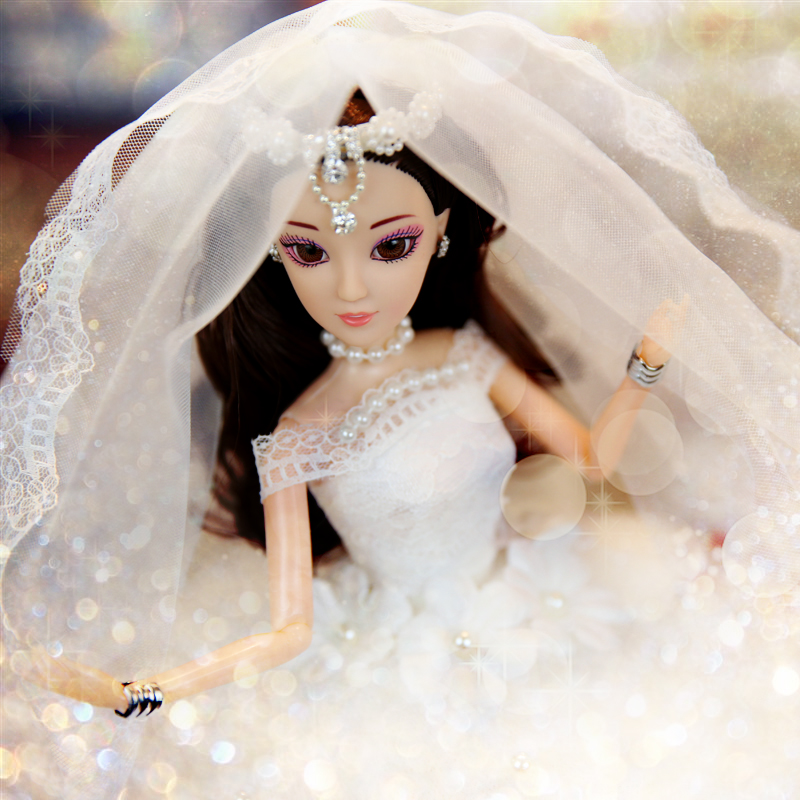 Children's Toys Wedding Dolls Rebirth Dolls Girls Toys High-end Clothes Dolls Send Girls The Best Birthday / Christmas Gifts