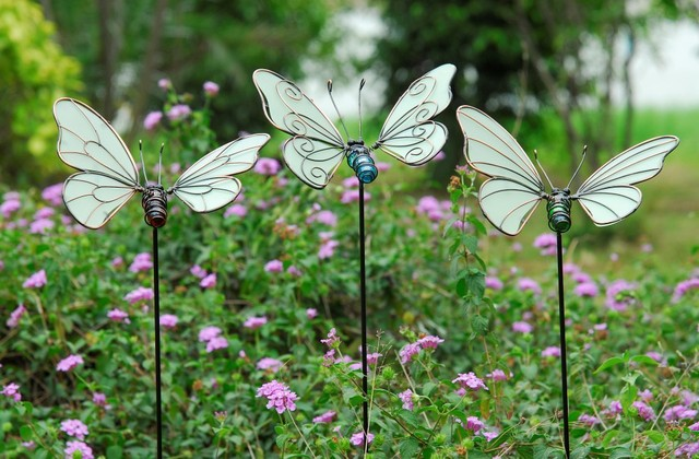 Bon 3pcs Per Set Glow In Dark Butterfly Garden Stake Garden Ornaments