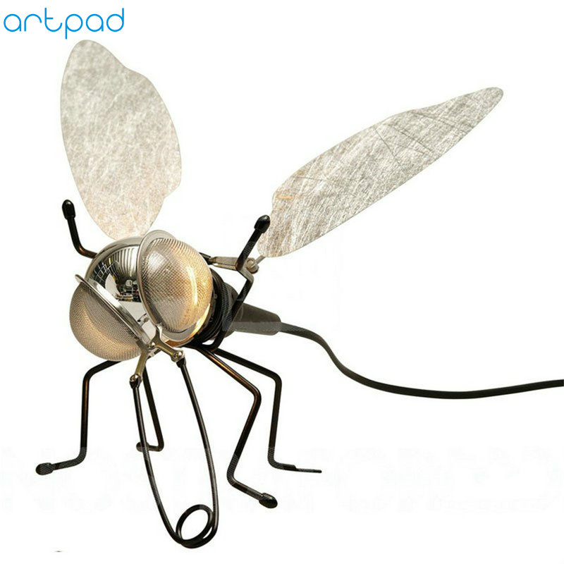 Artpad Modern Creative Bedroom Decorative Wall Light AC220V Fly Shaped LED Wall Lamp with Plug and