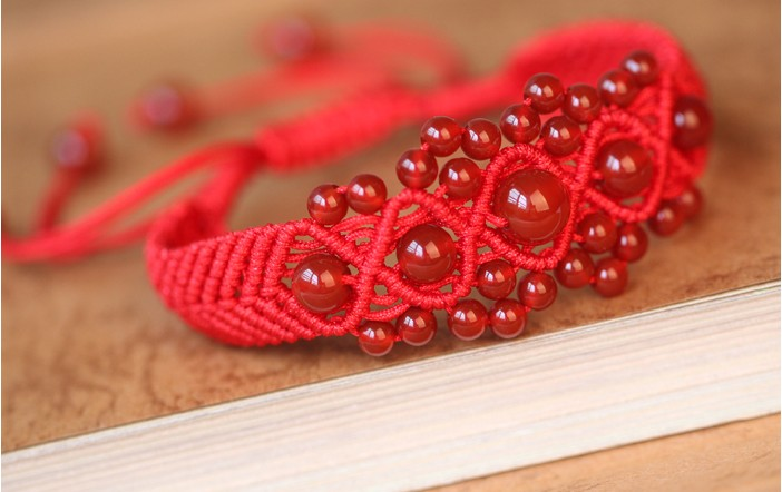 Simple Style Classic Handmade Lucky Chinese Braided Red String Rope Cord Bracelet women mom Gift