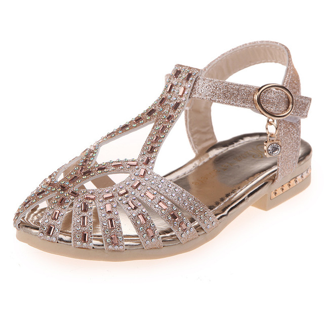 2017 Summer Girl Princess Shoes Luxury Closed Toe Rhinestone Sandals Kid Performance Wedding Low Heels