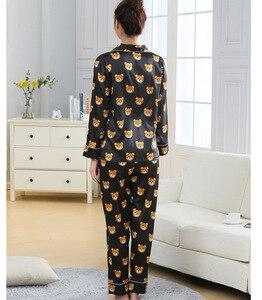 Image 4 - Nieuwe Mode Mannen Pyjama Sets Lente Herfst Pyjama Set Nachtkleding Lange Mouwen Cartoon Liefhebbers Homewear Koppels Zijn En Haar Kleding