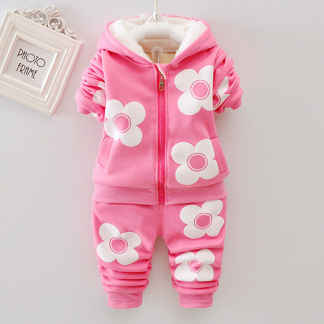 Winter thickening Baby girls Clothes 2018  new style Flower Long Sleeved coat + Pants Newborn Baby Girl Clothes Kids Bebes Suits