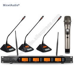 Professional UHF 4 Channel Digital Wireless Microphone System With 3+1 Multiattribute D400 Fixed Frequences Micwl.Audio