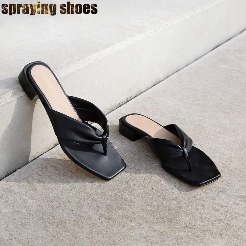 Véritable cuir Sqaure Toe sandales femmes chaussures plates talon Chunky été plage sandales Sexy dames diapositives Chic tongs sandales