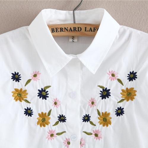 2017 neue Herbst weiße Stickerei Blume Bluse mit Brosche - Damenbekleidung - Foto 4