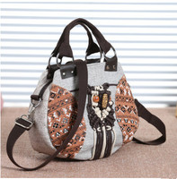 New Fashion Multi Use Small Shopping Bags Hot Appliques Shoulder Handbags Top Women Casual Carrier Versatile