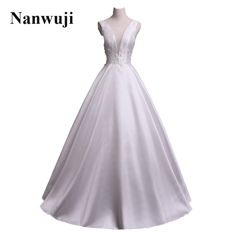 2017 Nanwuji V-neck Sleeveless A-line Simple Wedding Dress Beaded Crystals  Cheap Bridal Gowns