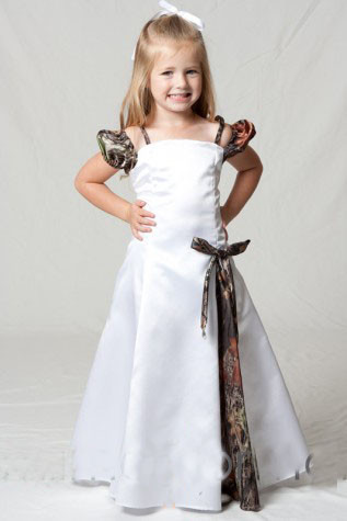 f4b1653efd1 Lovely Camo Flower Girl Dresses for Weddings Spaghetti Camouflage First  Communion Dress Kids Girls Pageant Gowns F263