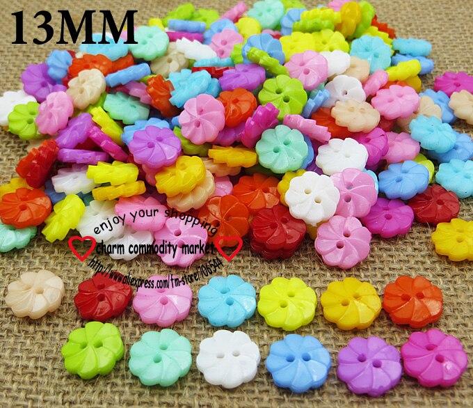 100PCS 13MM Flower Shape Colors Dyed Plastic Cartoons Buttons Coat Boots Sewing Clothes Accessories P-076