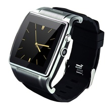Bluetooth Smart Armbanduhr 2 Telefon L18 SmartWatch Uhr mit GSM/GPRS SIM-TF-KARTE 2MP Kamera FM Radio für Android Smartphone