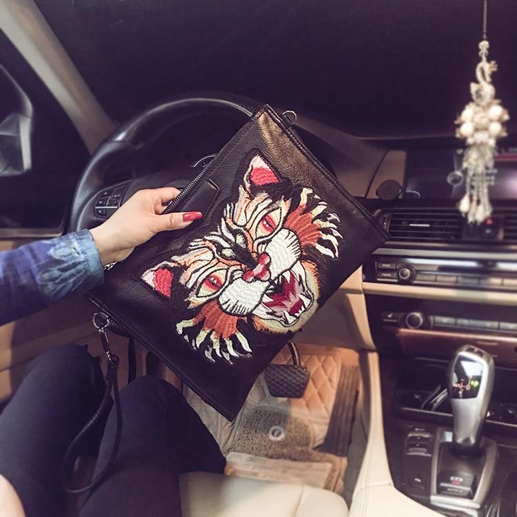 Men's Embroidery lion Handbag Envelope Clutch Bag Casual women-messenger-bags brand designer bag Free Shipping