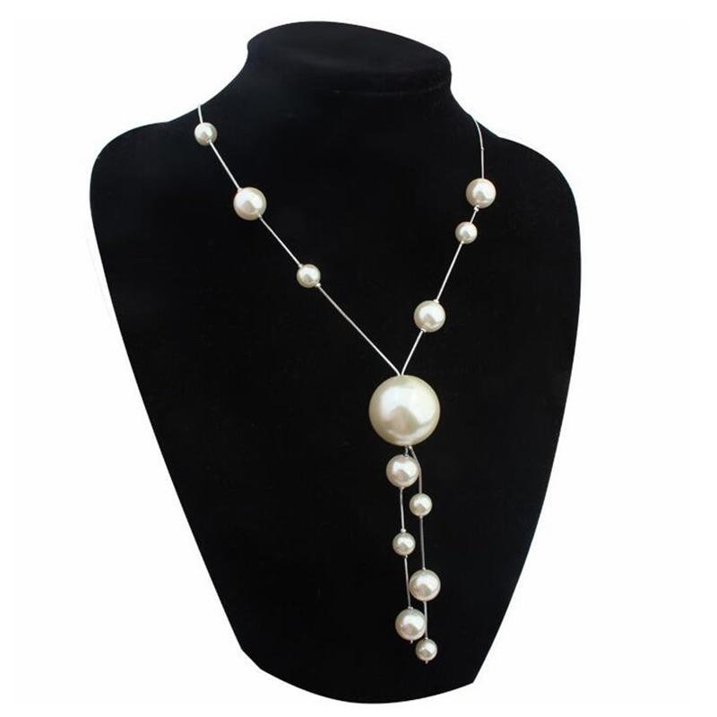 Big White Imitation Pearl Necklace Costume Jewelry Vintage -1357