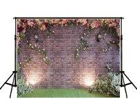 Kate Solidnej Cegły Ściany Ogród Kwiatowy Trawa Piętro Fotografia Backdrops Tła Tło Dla Photo Studio
