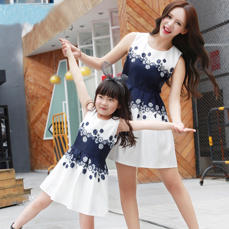 Mommy And Me Clothes Party Princess Dress Girls Costumes Summer Sleeveless Family Matching Outfits Mother And Daughter Clothes