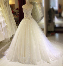 Romantic Crystal Beading Ball Gown Wedding Dresses 2017 Sweetheart Appliques Vestidos De Novia Tulle Court Train Bridal Gowns
